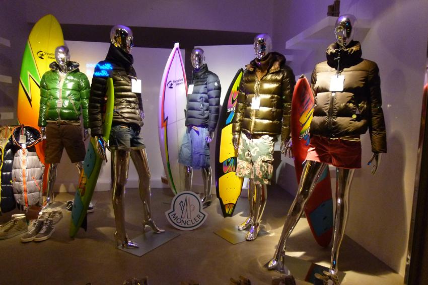 Moncler surf